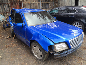 Mercedes-Benz CL 200 1996 года
